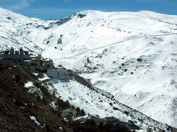 Sierra Nevada, vacaciones blancas en Granada
