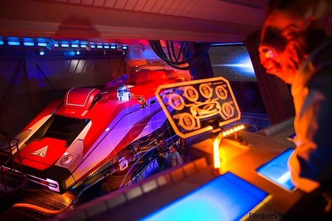 Star Tours: la aventura continúa, en Disneyland París
