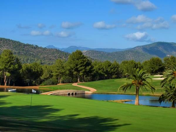 T-Golf & Country Club Mallorca, tu campo de golf en Calvià