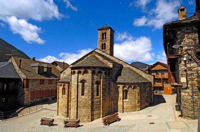 Iglesia de Santa María de Taüll, en LLeida