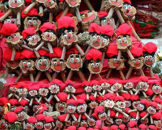 Caga Tiós en la Feria de Santa Lucía de Barcelona