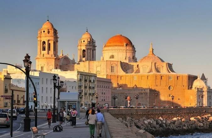 La ciudad de Cádiz, en Andalucía