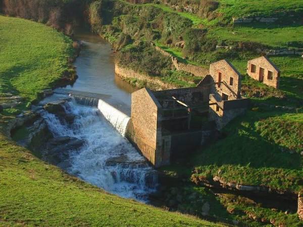 Antiguo Molino de El Bolao, en Toñanes, Cantabria