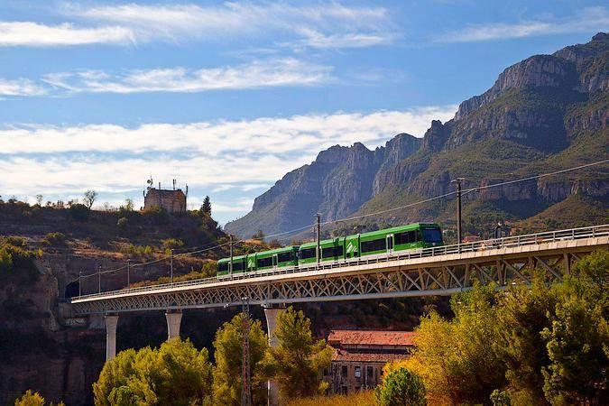 El Tren Cremallera de Montserrat, en Barcelona