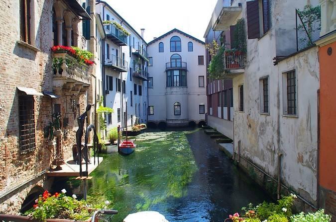 La ciudad medieval de Treviso, en Italia