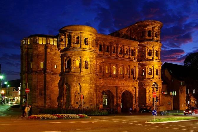 La Porta Nigra, en Trier, Alemania