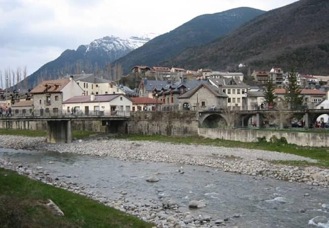 Turismo activo en Biescas, un lugar de cuento en Huesca