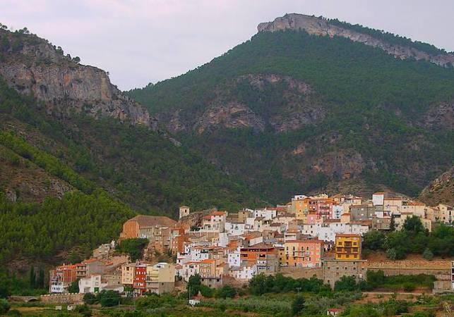 Bogarra, la joya de la Sierra del Segura