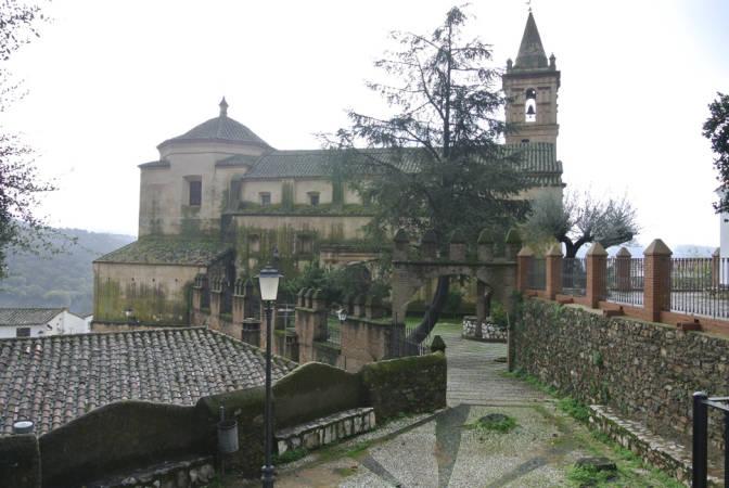 Iglesia de San Juan Bautista, en Linares de la Sierra