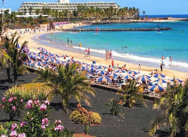 Vacaciones de verano en el Hotel BlueBay Lanzarote