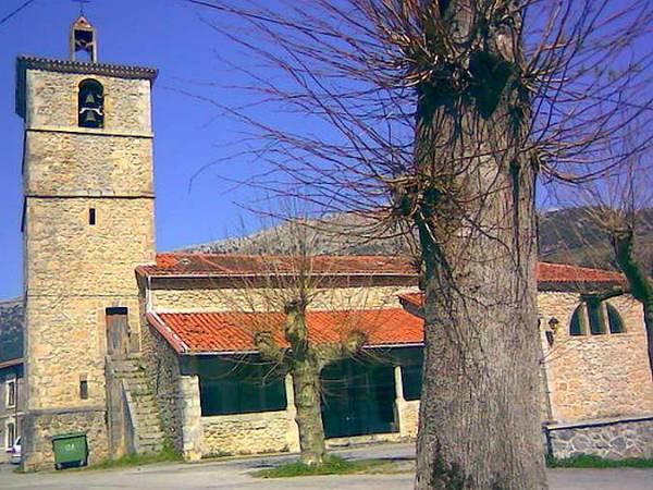 Iglesia de San Felix, en Valle de Ruesga, Cantabria