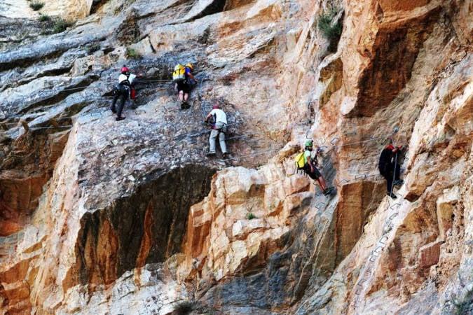 La vía ferrata de la Roca del Molí, en Castellón