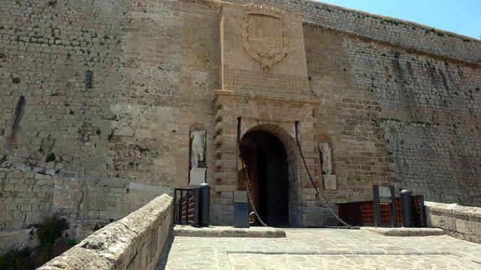 Puerta Renacentista de acceso a la ciudad de Ibiza
