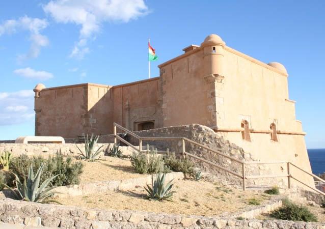 Castillo de San Juan de los Terreros, en Almería