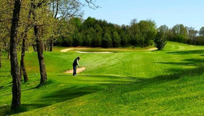 Izki Golf Club, en Urturi, Álava