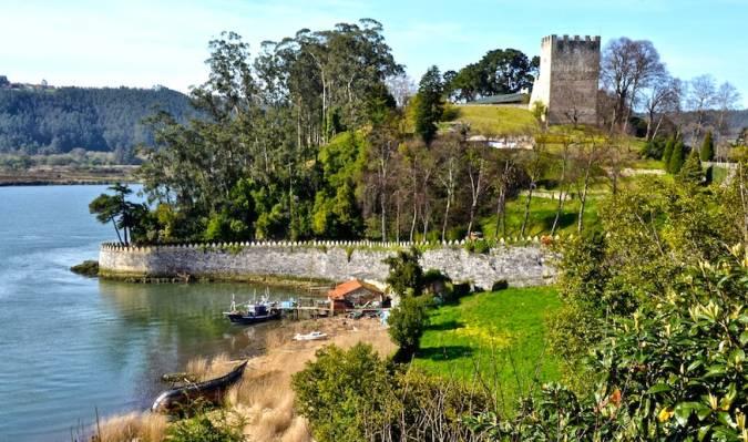 Castillo de San Martín, en Soto del Barco, Asturias